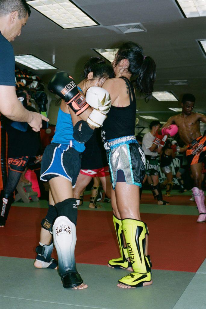 clinching muay thai shinguards boxing gym women muay ying