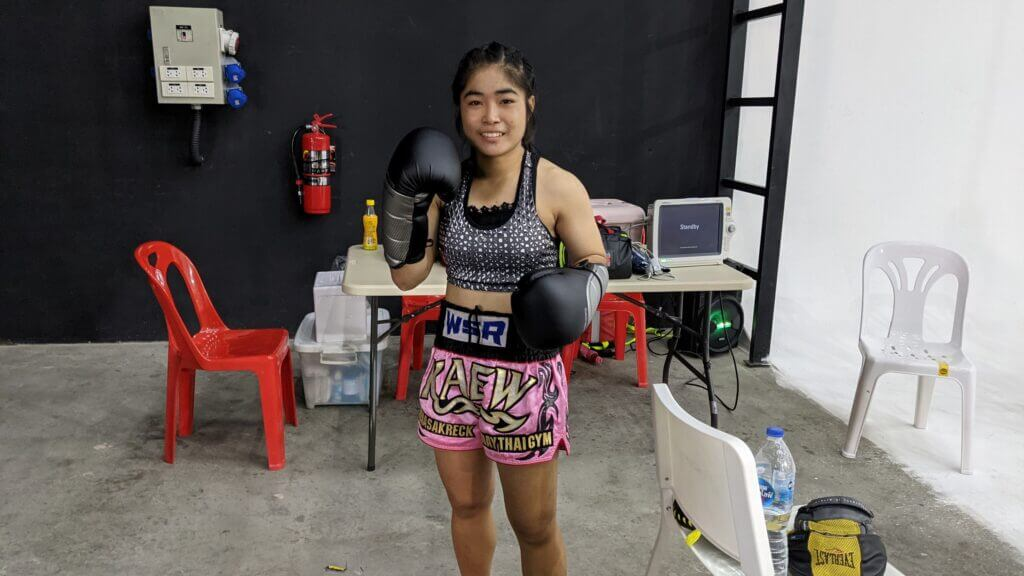 petchgentong muay thai fighter muay ying 45kg amateur